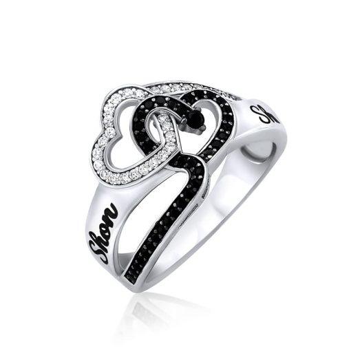 טבעת לבבות שלובים שחור לבן